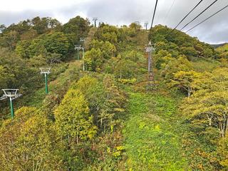 下からの山.jpg